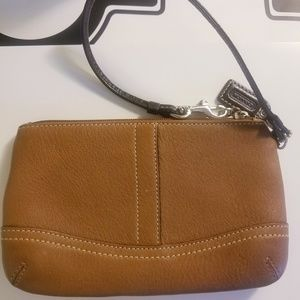 NWOT ALL LEATHER COACH WRISTLET